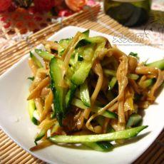 黄瓜丝拌黄花菜的做法步骤